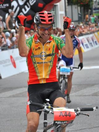 Erwin Dietrich vítězí