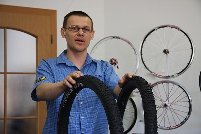 Ivo Caudr z firmy TUFO představuje hlavní inovace MTB galusek pro rok 2011