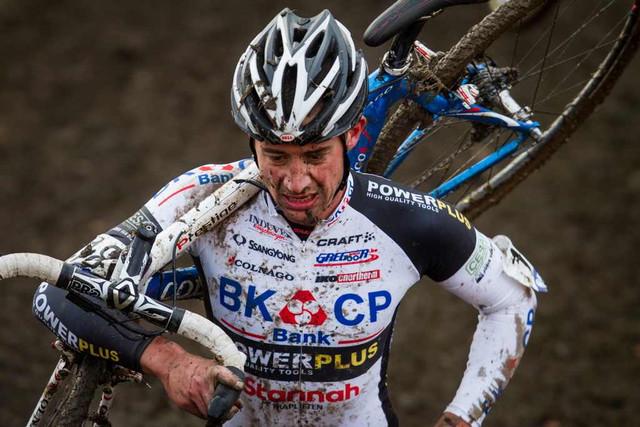 Radek Šimůnek ve čtvrtém závodě Světového poháru cyklokrosařů v Roubaix 2012