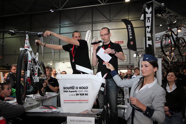 For Bikes 2012 - Losování výherce hlavní ceny - biku Trek