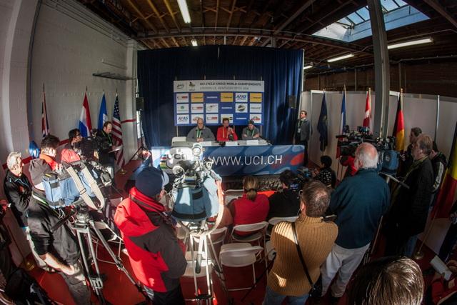 Tisková konference na MS v cyklokrosu 2013