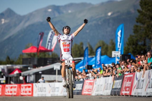 Hugo Drechou vítězí ve 4. závodě Světového poháru bikerů v Andoře