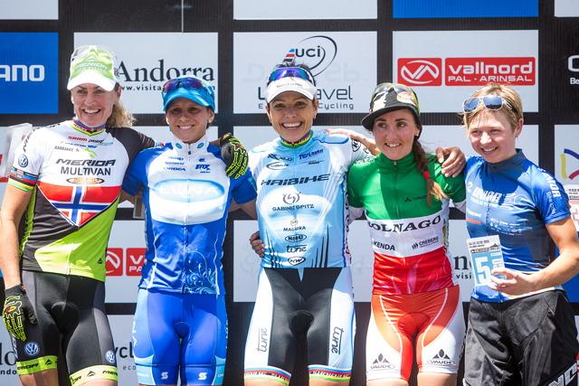 Světový pohár MTB 2013 - Vallnord: stupně vítězů ženy elite