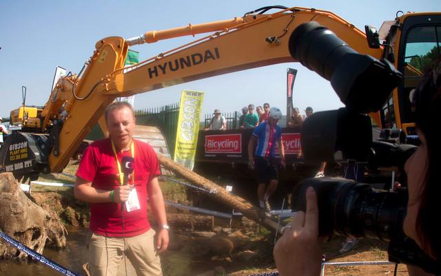 Tomáš Lachman - reportér České televize na MS MTB 2013