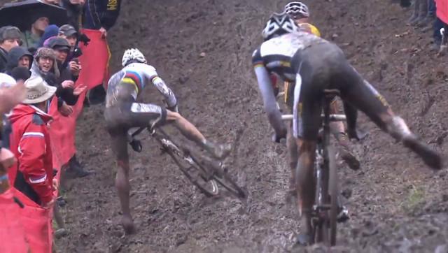 Sven Nys při chybě v posledním kole