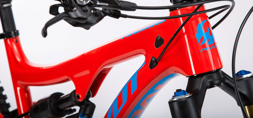 Pivot p�edstavil nov� enduro Firebird