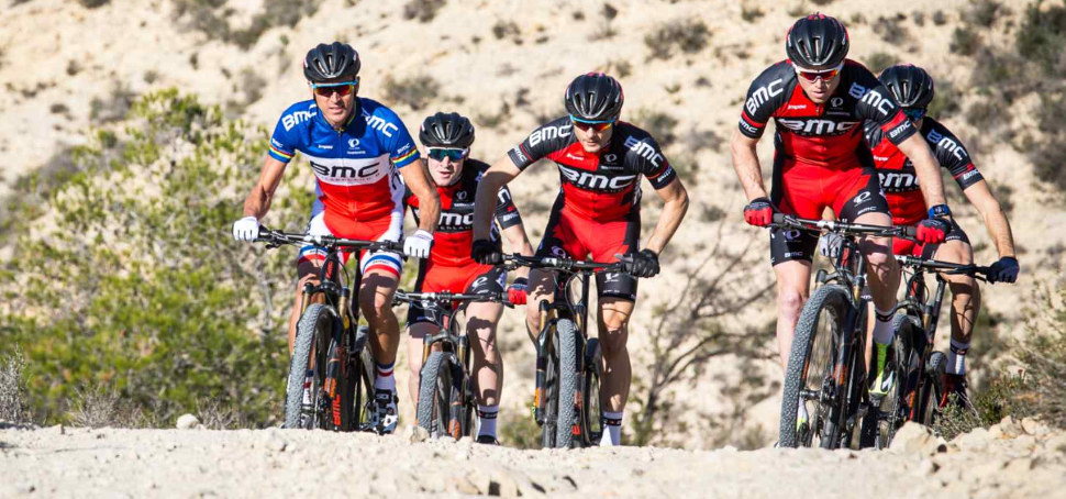 BMC MTB Racing Team 2017 t�m�� beze zm�ny