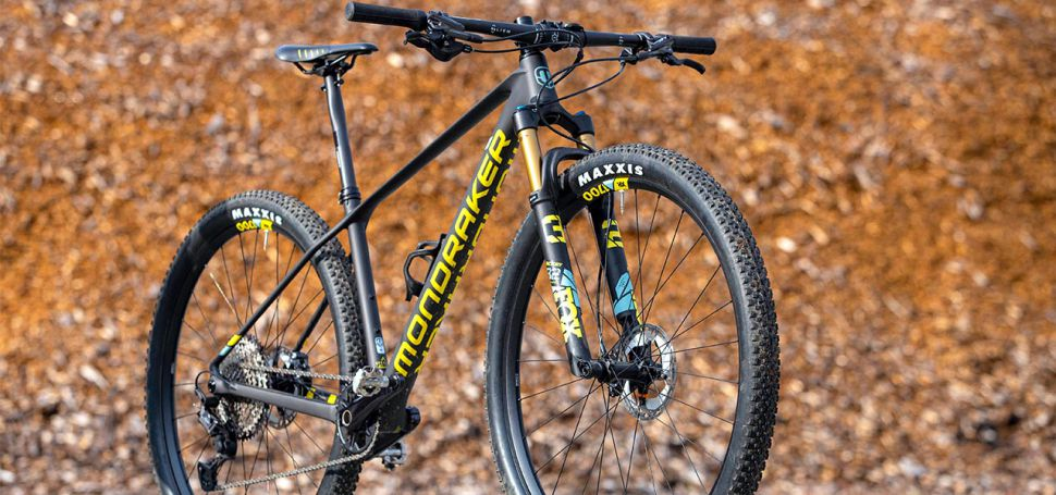 TEST: Modraker Podium Carbon R 2021
