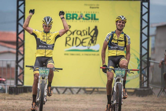 Jiří Novák a Hans Becking vítězí na Brasil Ride 2015
