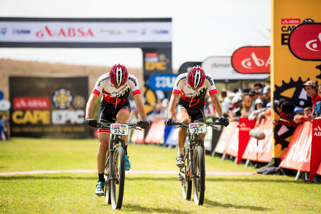 Filip Adel a Jan Jobánek po 8. etapě Cape Epic 2016