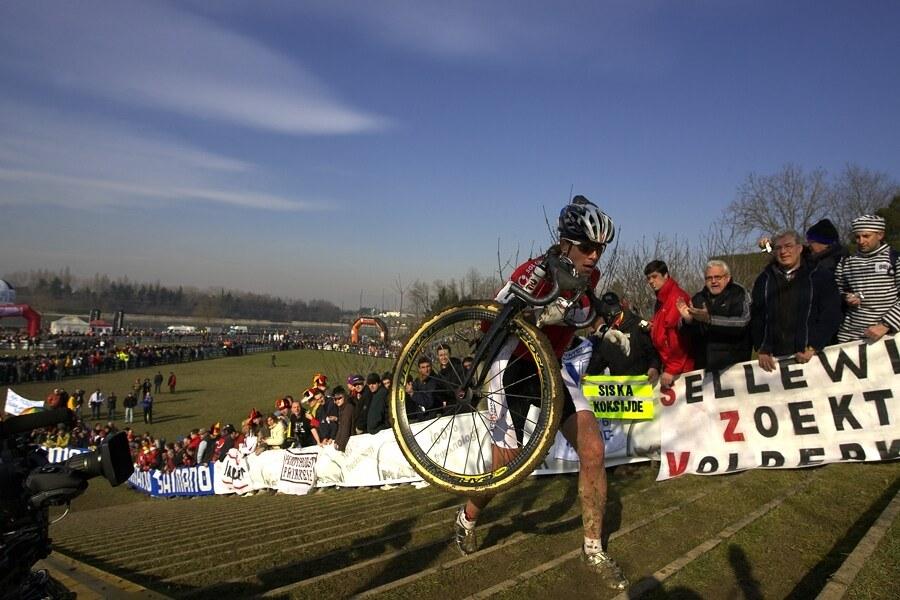 MS cyklokros 2008, Treviso - Itálie 27.1. - Hanka brala schody po dvou