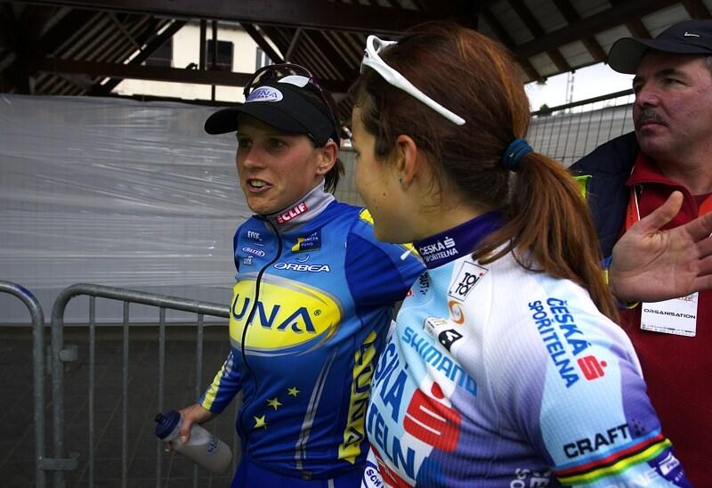 Nissan UCI MTB World Cup XC #1 - Houffalize 20.4.2008 - Katka s Terezou to po z�vod� probraly