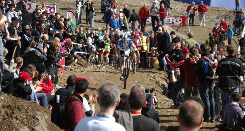 SP XC #1 2008 Houffalize - Filip Meirhaeghe přivádí diváky do varu