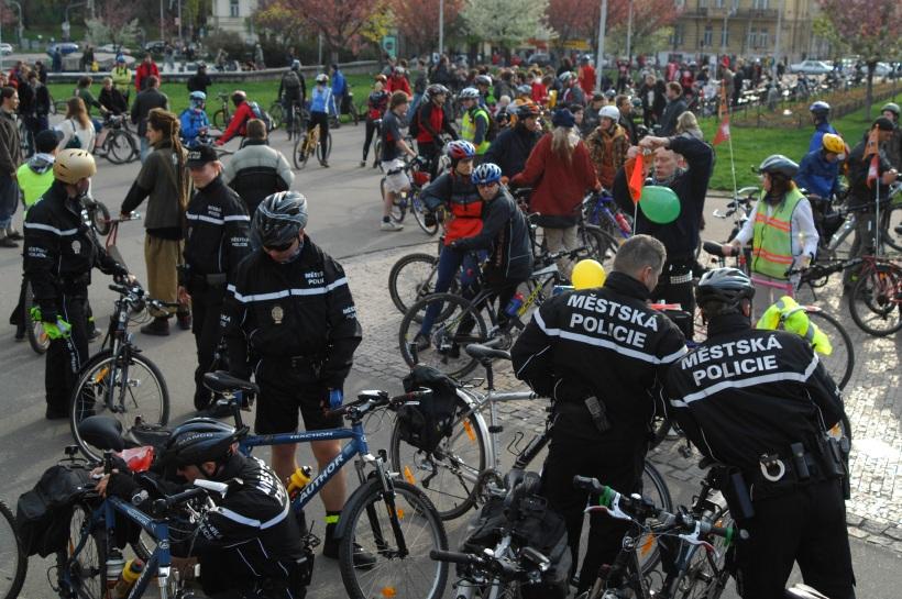 Pražská jarní cyklojízda 2008 - Městská policie Cycling Team