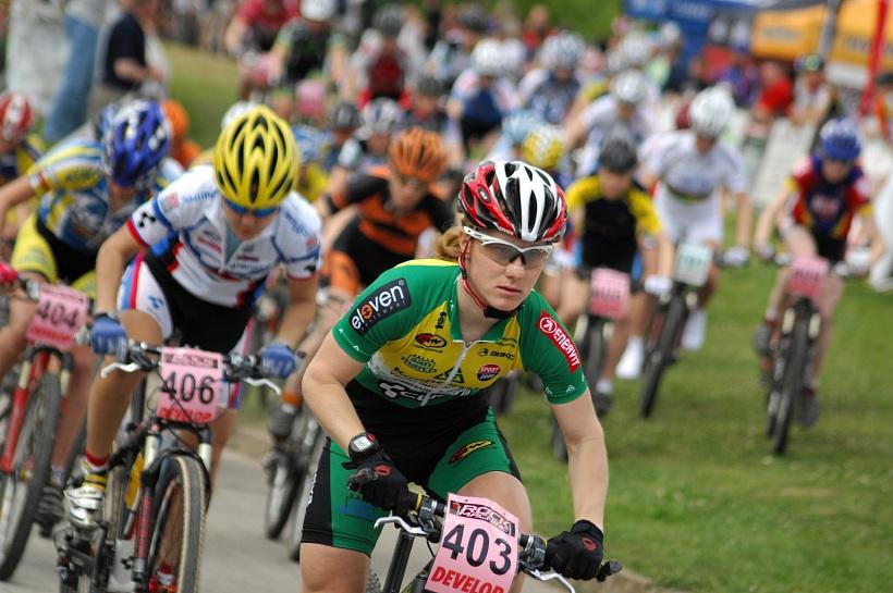 Český pohár XC Teplice, 8.5.2008 - Pavla Havlíková starty z cyklokrosu umí