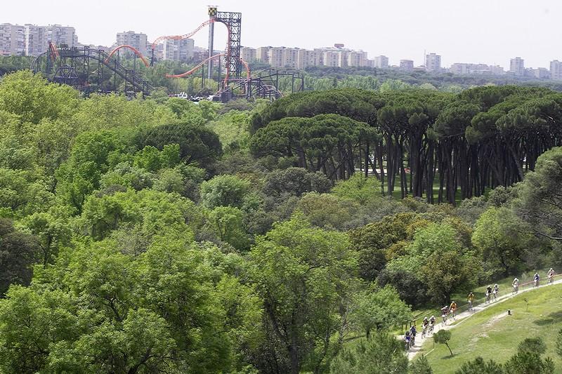 Nissan UCI MTB World Cup XC #3 - Madrid 4.5.'08 - v parku Casa de Campo je obrovsk� z�bavn� park