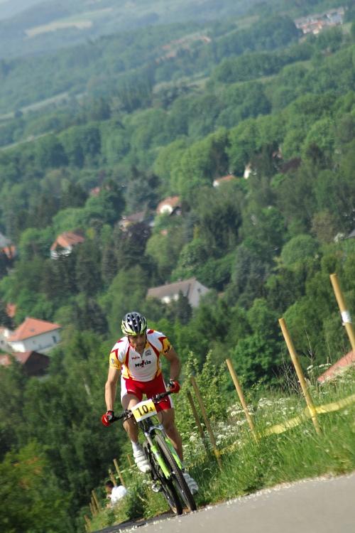 Mistrovství Evropy 2008 St. Wendel (GER) - štafety - Jose Antonio Hermida sjíždí náskok ostatních v posledním kole