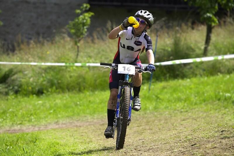 UCI MTB World Championship 2008 - Val di Sole/ITA - 18.6. - Američani razí novou módu, kdy začneme nosit podkolenky na kole i my?