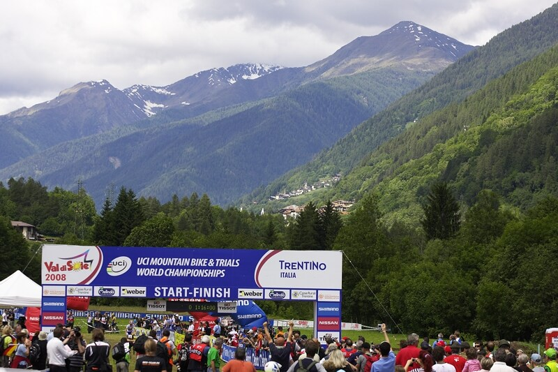 UCI MTB World Championship 2008 - Val di Sole/ITA - 18.6. - Najdi mistryni světa...