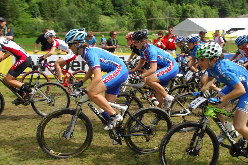 MS MTB 2008 Val di Sole: XC juniorky - start