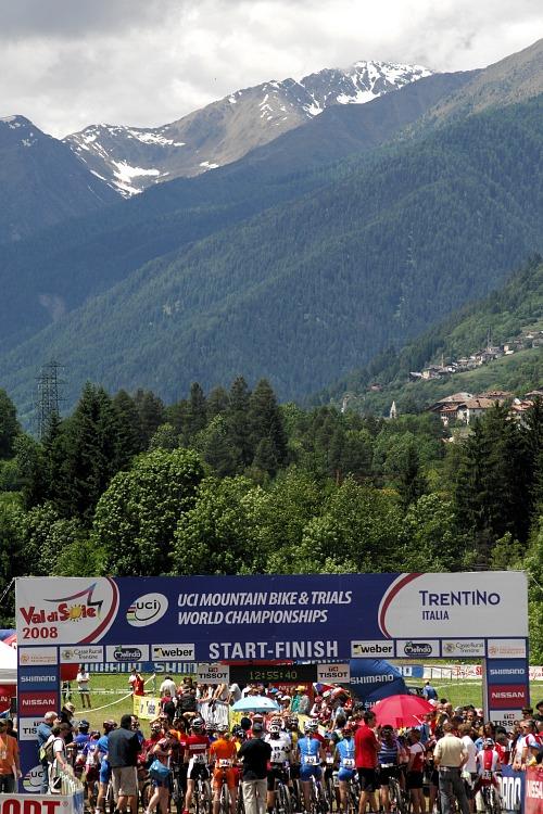 MS MTB 2008 Val di Sole - ženy U23: start