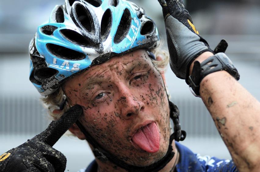 M�R Maraton 2008 - Kelly's Beskyd Tour: Jakub �ilar se cht�l odst�elit