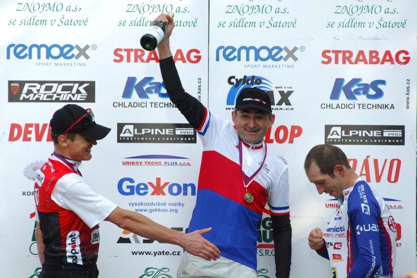 MČR Maraton 2008 - Kelly's Beskyd Tour: Václav Smazal mistrem ČR v kategorii Masters II