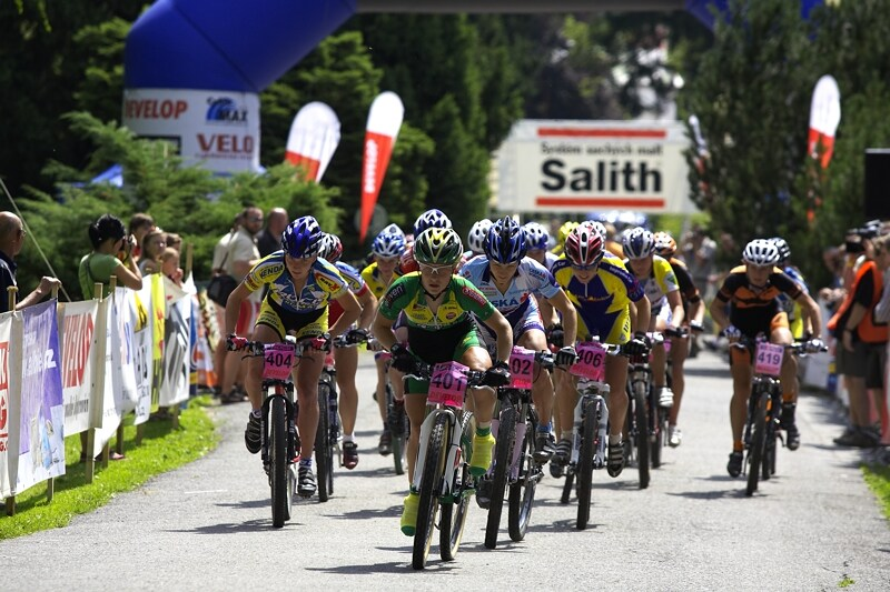 Mistrovství ČR XC - Velké Losiny 12.-13.7. 2008 - start žen