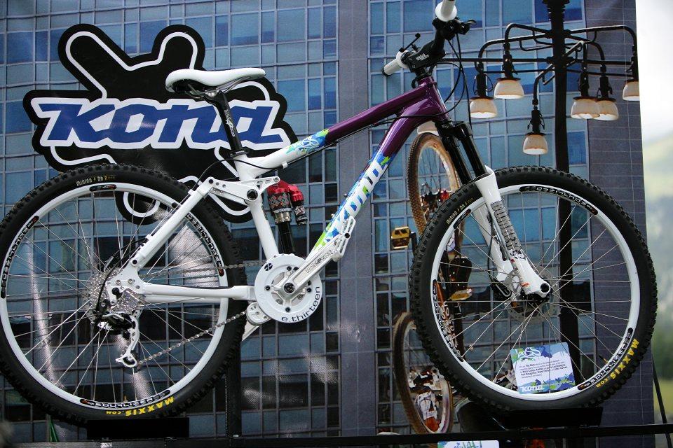 Prezentace Kona 2009 La Molina - Španělsko 12.7.2008