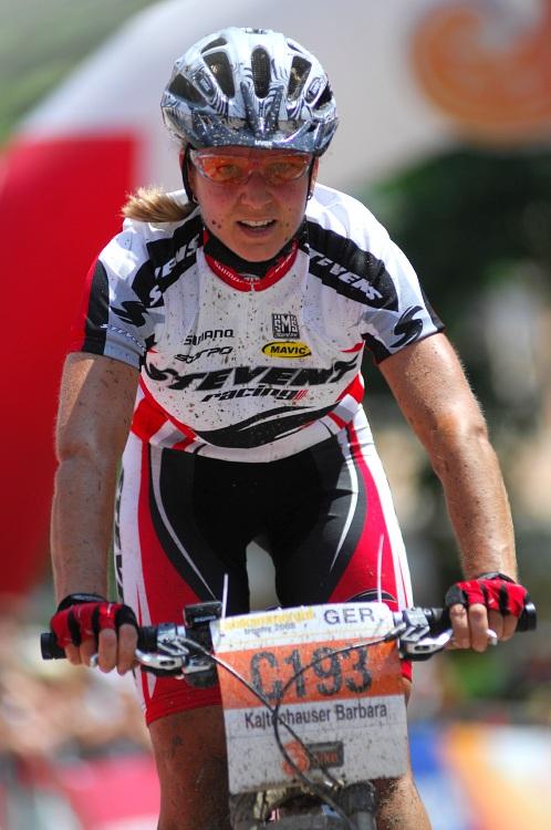 Salzkammergut Trophy '08: Barbara Kaltenhauser nejrychlej�� �enou na 58km trati