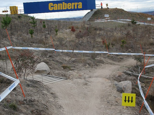 Nissan UCI MTB World Cup 2008 - Canberra/AUS - XC okruh: p�esko� nebo obje�