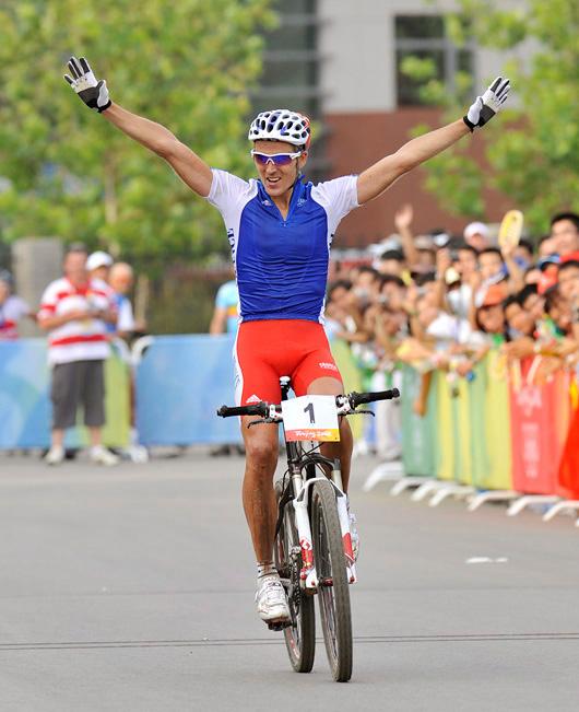Olympijské hry 2008 - Peking - Absalon vítězí, foto: Rob Jones