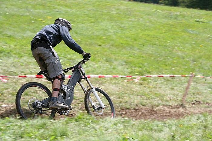MRSN DH Race - T�da bikepark Rokytnice - 16.8. 2008