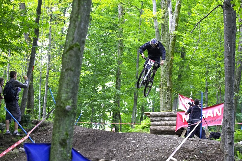 Nissan UCI MTB World Cup DH #5 - Bromont, 2.8. 2008 - leteck� ��st trati