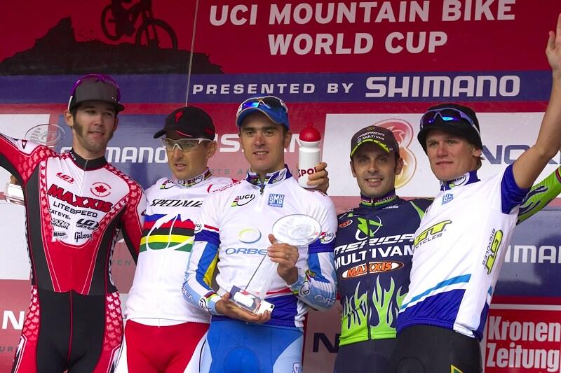 Nissan UCI MTB World Cup XC #9 - Schladming 14.9. 2008 - celkoví vítězové 2008: 1. Absalon, 2. Sauser, 3. Hermida, 4. Kabush, 5. Stander