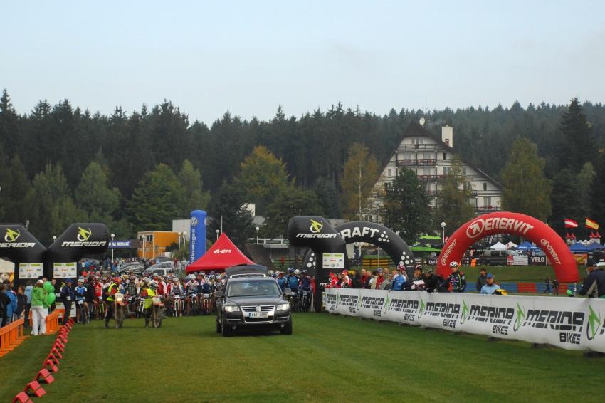 Merida Bike Maraton '08: start dlouhé trati