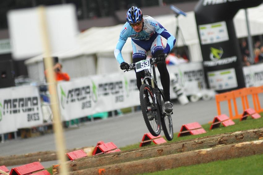 Merida Bike Vysočina '08 - sprint - ...naopak Tomáš Trunschka za to vzal a kvaldu vyhrál