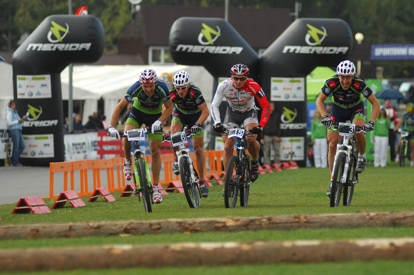 Merida Bike Vysočina '08 - sprint: první semifinále: Naef, Friedl, Boudný a Spěšný