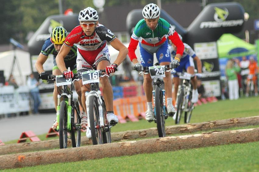 Merida Bike Vyso�ina '08 - sprint: druh� semifin�le - Hermida, Plesn�k, Zoli a Zitta