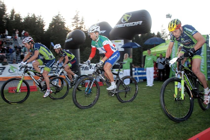 Merida Bike Vyso�ina '08 - sprint: Ralph Naef op�t nejrycheji odstartoval
