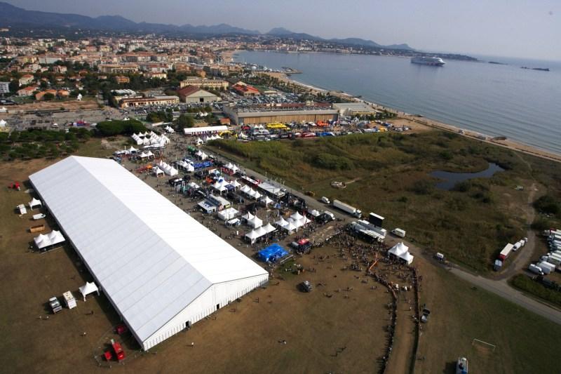Roc d'Azur 2008 - Frejus/FRA - zázemí Roc d'Azur z vrtulníku