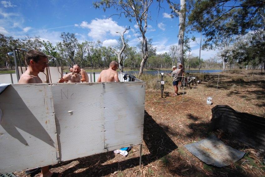 Crocodile Trophy 2008 - 3. etapa: sprchy