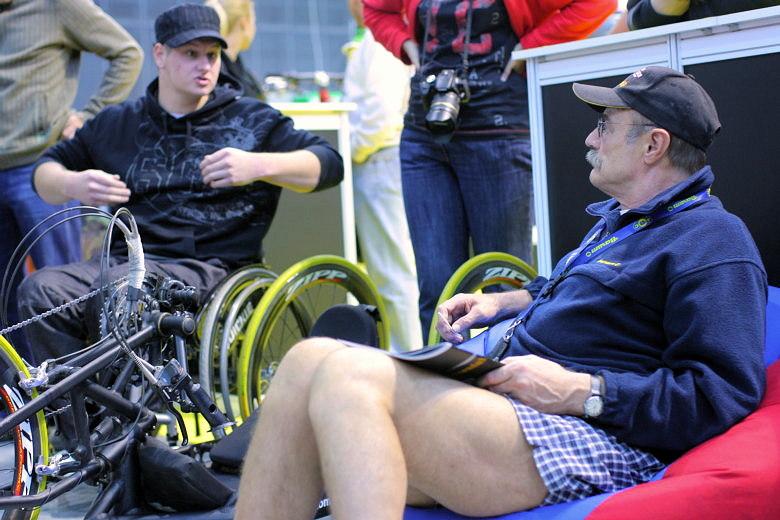 Sport Life, Brno 6.-9.11. 2008 - Pavel Nový v diskusi s vozíčkáři