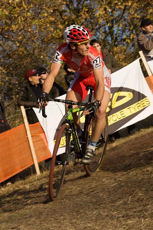 Sv�tov� poh�r v cyklokrosu - T�bor 26.10.2008 - Martin B�na