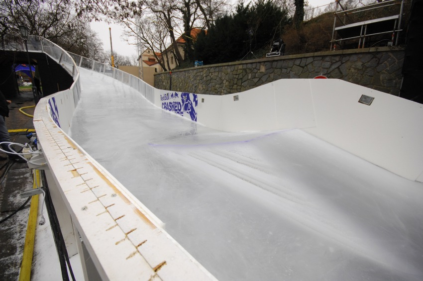Red Bull Crashed Ice - Vyšehrad 2009: první skoky