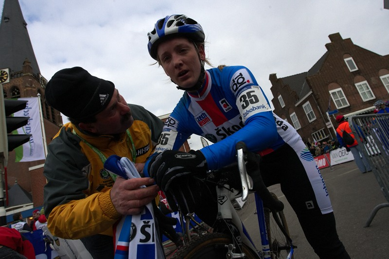 Mistrovství světa Cyklokros, Hoogerheide/NIZ - 1.2. 2009 - Jana Kyptová po závodě
