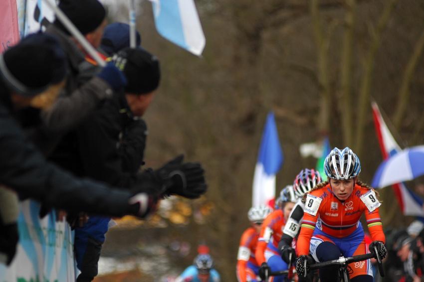 MS Cyklokros Hoogerheide /NED/ 2009 - Dephny Van Der Brand