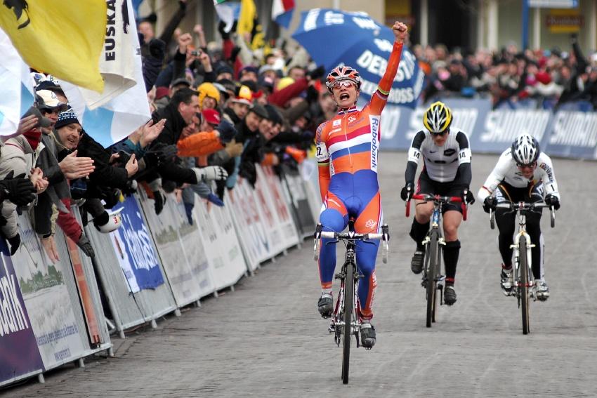MS Cyklokros Hoogerheide /NED/ 2009 - Mariane Vos mistryní světa