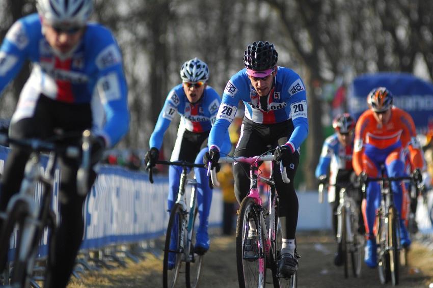MS Cyklokros Hoogerheide /NED/ 2009 - �im�nek, Dlask, Zl�mal�k a za Alem Ausbuher
