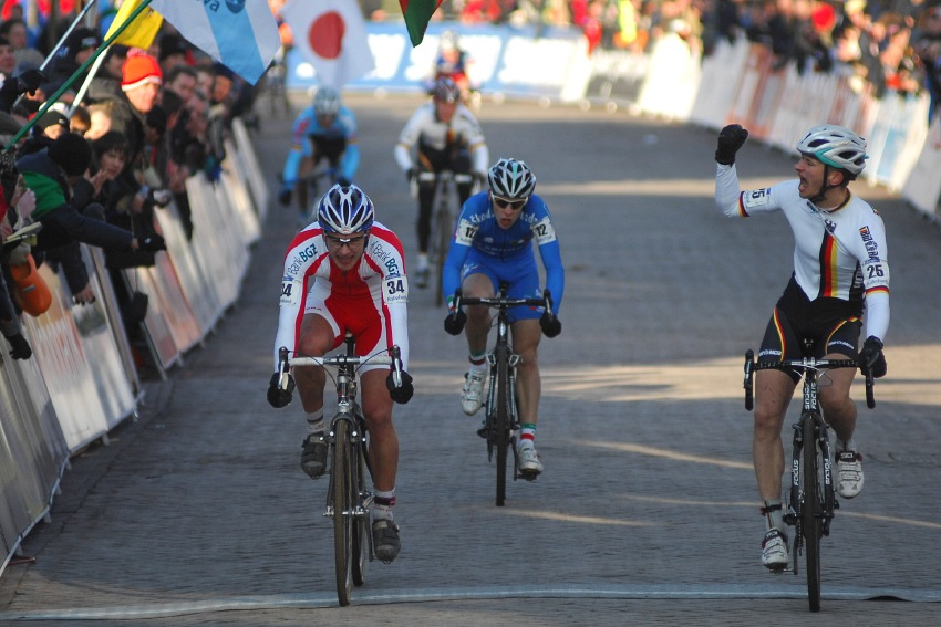 MS CX Hoogerheide 2009 - U23: spurt o druhé místo